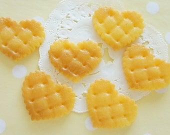 6 pcs Big Heart Biscuit Cookie Cabochon (30mm36mm) CD509