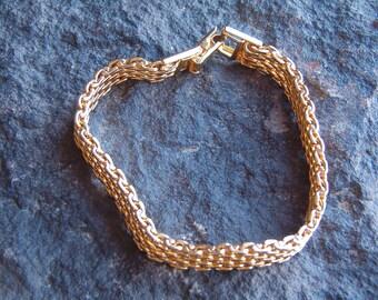 Bracelet, Link Bracelet, Gold Tone Bracelet, Fashion Bracelet, Fashion Jewelry, Classic Bracelet