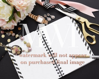 Feminine Lifestyle Photo Mock-Up / Stock Photography / Office Style / Chic Floral Desk Set-Up
