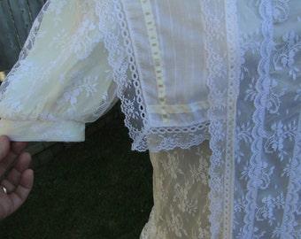 Vintage Gunne Sax Off White Lacy Dress