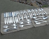 Vintage Flatware SILVER FLOWER Silver Plate Flatware Sold Separately or as Set Wedding Décorations Table Decor Knives Forks Spoons Prairie
