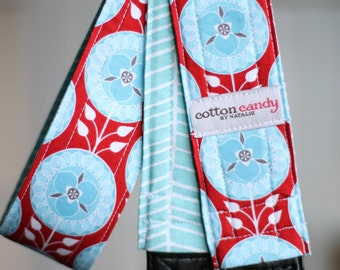 Medallion in Red and Aqua - Reversible Camera Strap