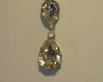 Tear Drop Crystal Pendant Necklace