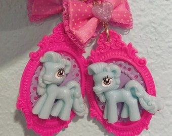 My Little Pony Mint  Green And Hot Pink Heart Bow Earrings