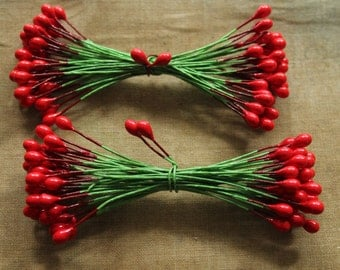 Holly Berry Millinery Stamens - 72 Vintage Style Double Ended Red Berry Twist Ties - Festive Retro Christmas Gift Wrapping Package Ties