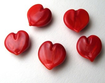 SRA Lampwork Glass Beads, Red Valentine Hearts, miniature love beads handmade by Serena Smith
