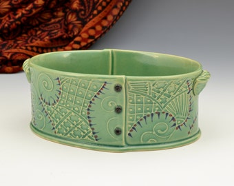 Big Casserole in Green Indian fabric embroidery pattern