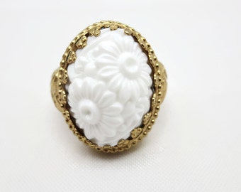 Costume Jewelry Statement Ring - Vintage 1970s Napier, White Lucite Flower Cabochon, Adjustable