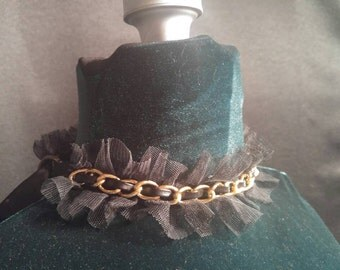 Black Lace Gold Chain Collar