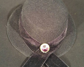 Mini Top Hat With Rhinestone