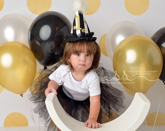Party Hats, Birthday Party Hats, Custom Birthday Party Hats, Onederland, First Birthday Party, Party Favors, First Birthday, Black , Gold