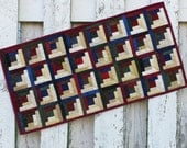 Quilted Log Cabin Table Runner (UNTRO)