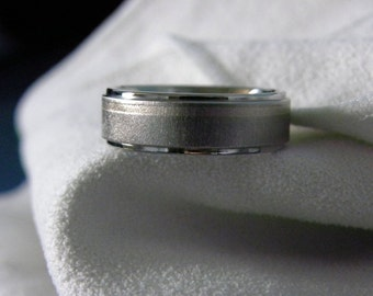 Titanium Ring Wedding Band Offset White Gold Stripe Frost Polish