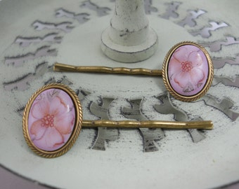 Vintage Glass Dogwood Bobby Pins Nature Flower Hair Accessories Pink and Brass Hair Clip Garden Floral