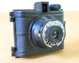 Vintage Photo Champ Camera • Vintage Plastic Mini Camera