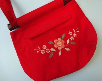 Vintage EMBROIDERED Tote • 1970s Handbag • Wooden Handle Bright Red Purse Floral Flowers Scandinavian Print Canvas Long Shoulder Strap