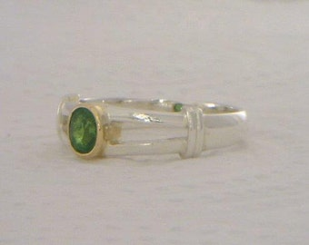 Chrome Green Tourmaline Handmade Sterling Silver and 18K Gold Ring size 6.5