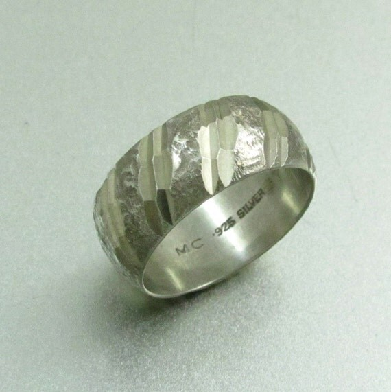Vintage Wide Sterling Silver Diamond Cut Band Ring