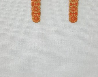 Gold orange daisy earrings