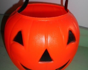 Vintage Empire Hard Plastic Pumpkin Trick or Treat candy holder