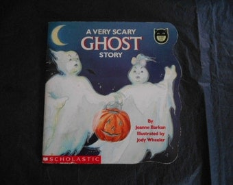 1992 A Very Scary Ghost Story SC Scholastic book
