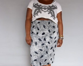 JULY SALE Vintage Plus Size Pencil Skirt // High Waist Midi Skirt // Black & White Print Skirt // XL Xxl
