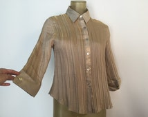 Shiny Gold Blouse, Cropped Sleeves Blouse, Gold Accordion Crinkle Blouse, Vintage 90s Blouse, Metallic Gold Shirt, 3/4 Sleeve Cuffed Blouse