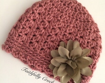 Newborn girl hat.. Baby beanie... Photography prop.. Ready to ship