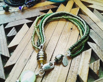 Back to Basics Seed Bead Bracelets /  Choose a Color Scheme