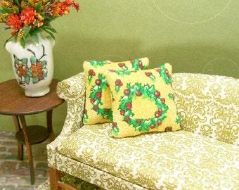 Christmas Wreath Pillows Yellow Green Red 1:12 Dollhouse Miniatures Artisan