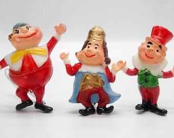 Vintage terrarium miniatures - Alice in Wonderland figurines + mushrooms