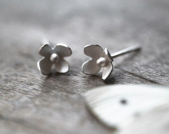 Flower Stud Earrings, Wedding, Bridal Jewelry, Flowers, Woodland, Nature Jewelry, Christmas Gift