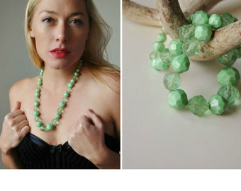 1960s Crystal Mint Necklace