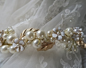 Bridal headband, Gold headpiece, Wedding hair accessories,pearls and gold hairpiece, Bridal headpiece Wedding hair vine bridal band