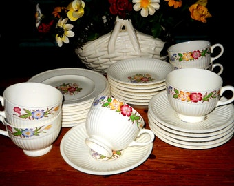 Vintage Wedgwood Meadow Edme pattern - Service for 6 -English Tea Set with Small Dessert Plates, Berry Bowls, Tea Cups and Saucers