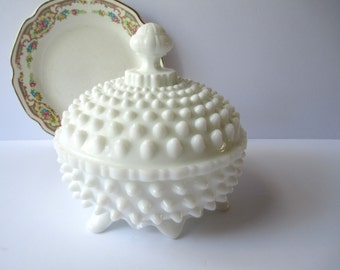Vintage Fenton Milk Glass Hobnail Candy Box 3984 - Rare