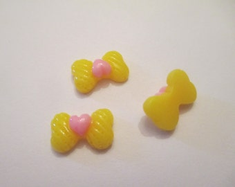 25 Resin Yellow or Blue Bow Flat Back Buttons Scrapbooking Craft Supplies