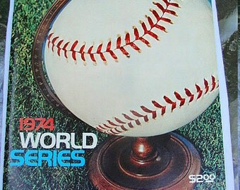 Vintage 1974 WORLD SERIES Magazine--L.A Dodgers and Oakland A's--Tons of Pics and Info--Good Condition