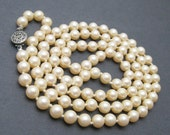 Long Pearl Necklace Cream Pearls Vintage Jewelry N6858