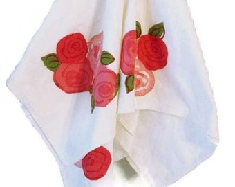 Vintage rose applique kitchen towels - Set of two - 1970s - Mackintosh roses - 36 x 32 inches - Hand towels - Cottage chic - Boho