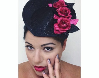 REGINA Glitter Rose Race Fascinator HAT