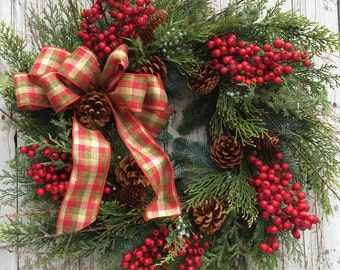 Christmas Berry Wreath, Large Christmas Berry Wreath for Door, Outdoor Holiday Wreath, Artificial Pine Wreaths for Christmas