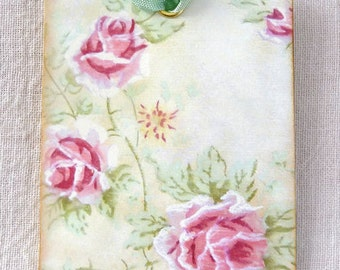 Vintage Style Pink Rose Floral Tags #544