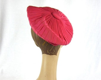 50% Off Sale Vintage D Charles Strawberry Beret