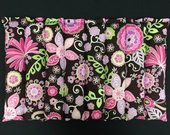 Corn Heating Pad, Corn Bags, Hot Cold Physical Therapy Pad, Microwavable Heated Bag- Bright Pink Floral on Dark Brown