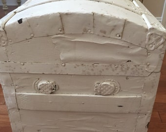 Vintage White Chippy Shabby Chic Trunk