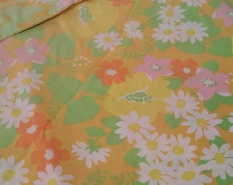 Vintage Twin Sheet, Twin Fitted Sheet, Retro Sheet, Floral Sheet, Pillowcase