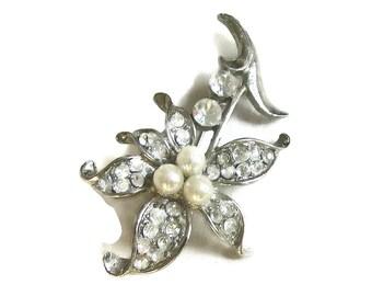 Vintage Clear Rhinestones and Faux Pearl Flower Brooch