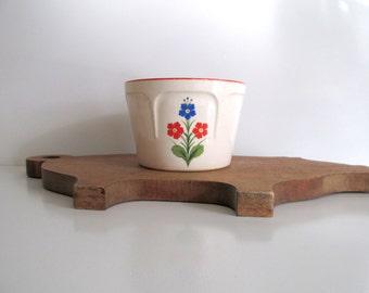 Vintage Kitchen Bowl Universal Cambridge Pottery Cartoon Flowers Red Blue Floral Design