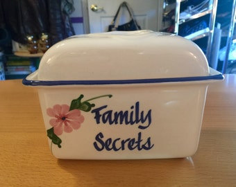 Family Secrets Ceramic Recipe Box